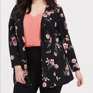 8b73b4a1e Torrid Black Floral Black Longline Blazer
